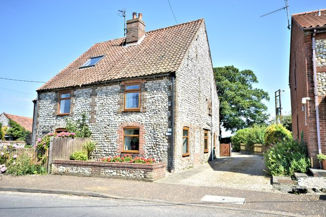 Thumbnail Cottage for sale in Station Road, Docking, King's Lynn