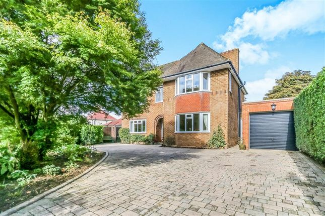 Thumbnail Detached house for sale in Butts Road, Raunds, Wellingborough