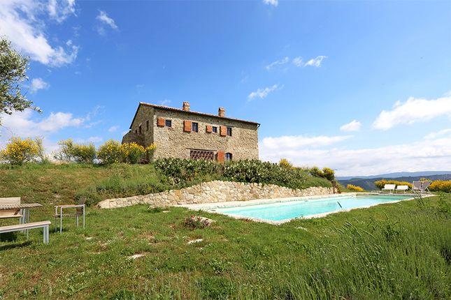 Country house for sale in Castiglione D'orcia, Castiglione D'orcia, Siena, Tuscany, Italy