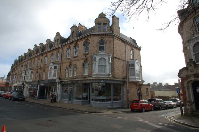 2 bed flat to rent in Palace Avenue, Paignton