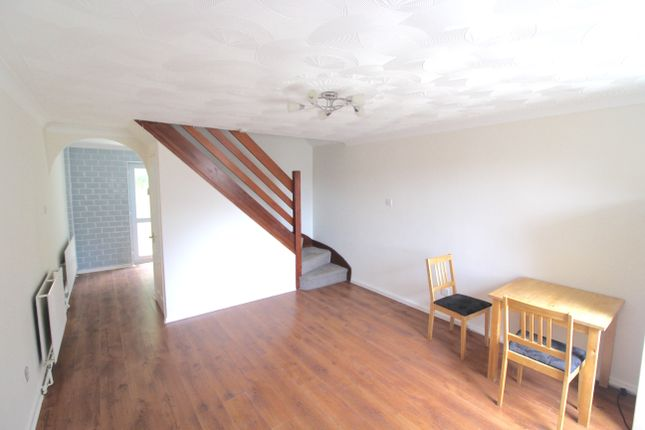 Thumbnail Semi-detached house to rent in Denbigh Crescent, Swansea