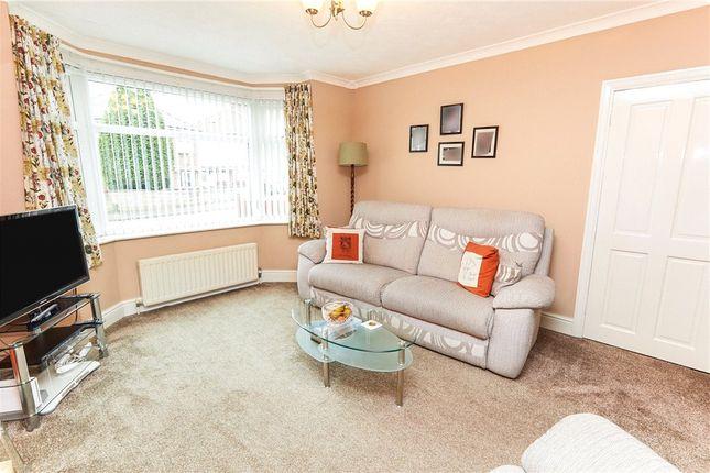Picture No. 24 of Ainsworth Drive, Derby, Derbyshire DE23