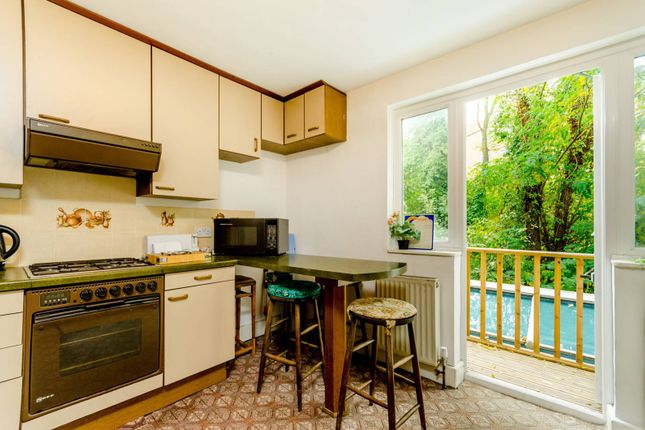 Thumbnail Flat for sale in Norroy Road, Putney