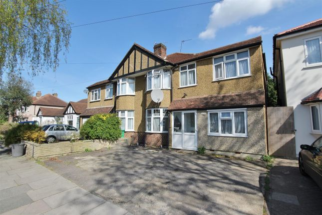 6 bed property to rent in Waverley Avenue, Whitton, Twickenham TW2