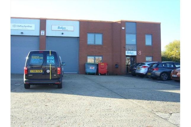 Thumbnail Industrial to let in Mundells Industrial Centre, Welwyn Garden City