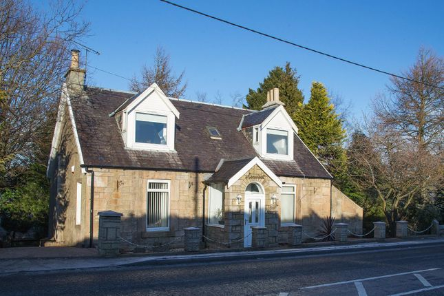 Thumbnail Detached house to rent in Main Street, Crook Of Devon, Kinross