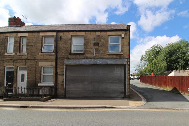 1 bed flat to rent in High Street, Coedpoeth, Wrexham LL11