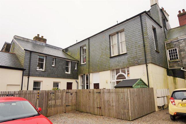 Thumbnail Flat to rent in Dean Street, Liskeard