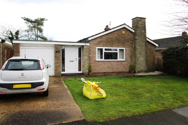 Thumbnail Detached bungalow for sale in Oakfield, Saxilby, Lincoln