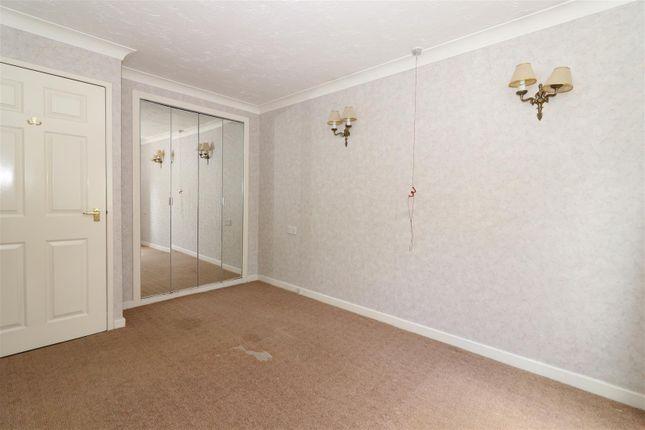 Bedroom One of St. Chads Road, Headingley, Leeds LS16