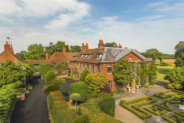 Thumbnail Detached house for sale in Hurst, Berkshire