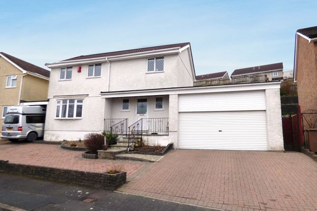 4 bed detached house for sale in Kenmare Drive, Plympton, Plymouth
