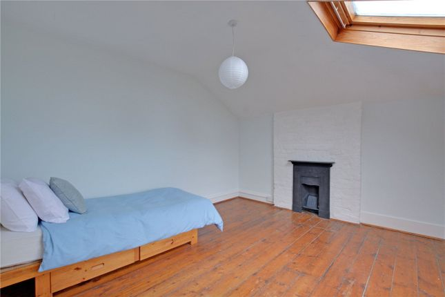 Picture No. 23 of Southbrook Road, Lee, London SE12
