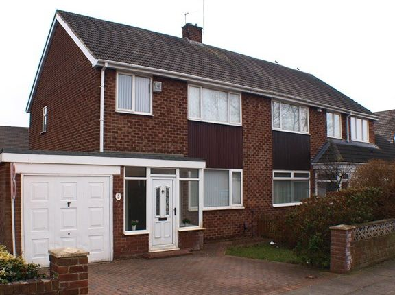 Thumbnail Semi-detached house to rent in Carlton Crescent, Sunderland