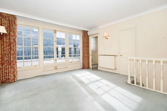 Thumbnail Terraced house to rent in Devereux Court, London