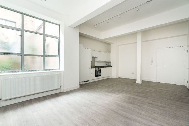 Thumbnail Flat to rent in Benwell Road, London
