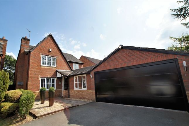 Thumbnail Property for sale in Beech Close, Holmes Chapel, Crewe