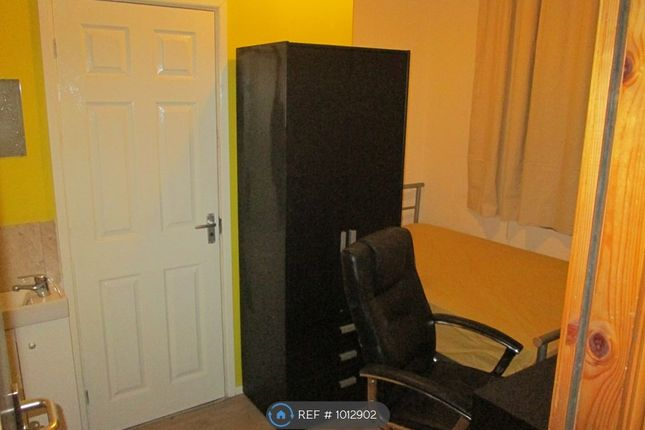 Bedroom/Ensuite of Princes Road, Middlesbrough TS1
