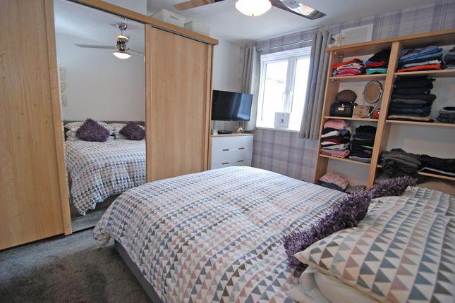 Bedroom of The Parade, Wrotham Road, Meopham, Gravesend DA13