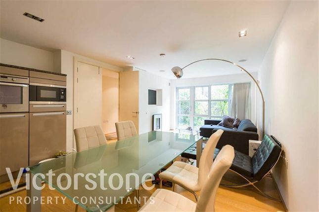 Thumbnail Town house to rent in Kay Street, Shoreditch, London