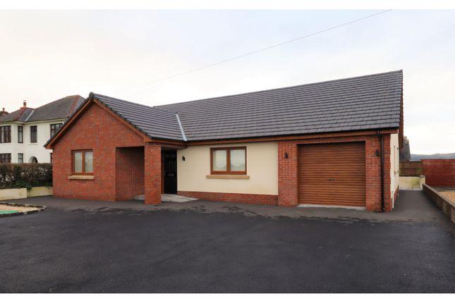 3 bed detached bungalow for sale in Llanddarog, Carmarthen SA32