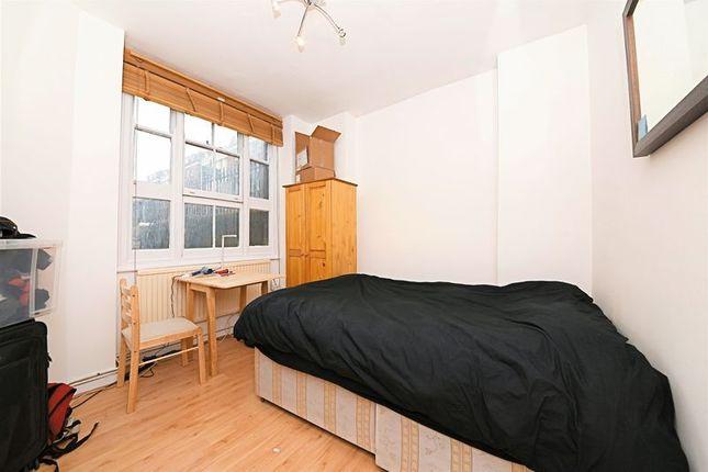 Bedroom of Cavendish Mansions, Clerkenwell Road, London EC1R
