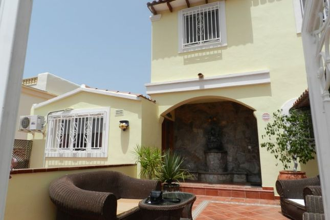 Thumbnail Villa for sale in Costa Adeje, Adeje Golf, Spain
