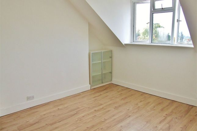 Thumbnail Flat to rent in Upper Grove, London