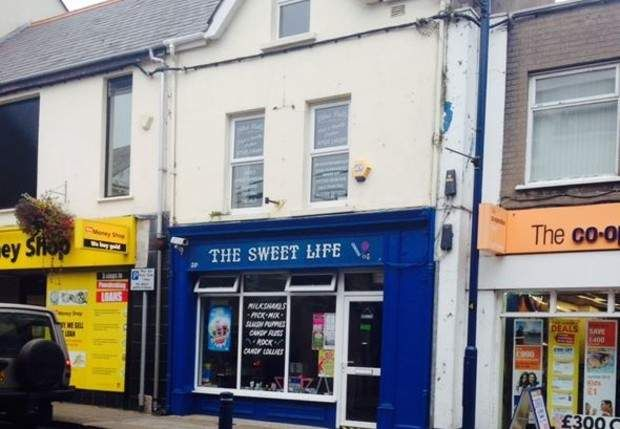 Retail premises to let in Main Street, Larne, County Antrim