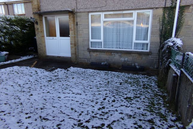 Thumbnail Flat to rent in Oatfield Estate, Backwell