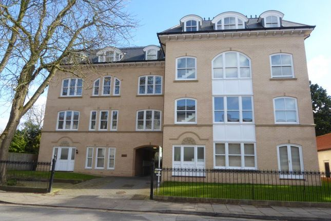 Thumbnail Flat to rent in Kings Clositers, York, North Yorkshire