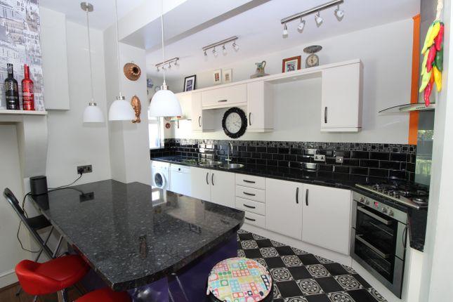 Thumbnail Property to rent in Bute Gardens, Wallington