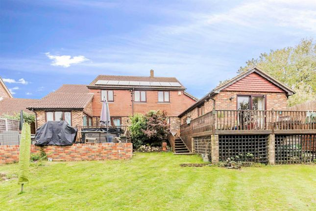 Thumbnail Detached house for sale in Water Meadow Close, Hempstead, Gillingham