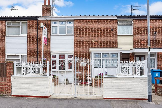 Thumbnail Terraced house for sale in West Parade, Hull