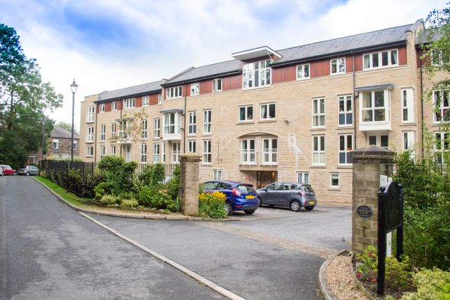 Thumbnail Flat for sale in High Street, Uppermill