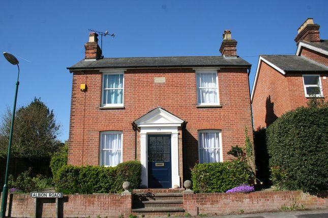 Thumbnail Detached house to rent in Albion Road, Chalfont St. Giles