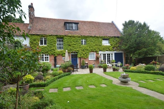 Thumbnail Terraced house for sale in Colchester Road, Halstead