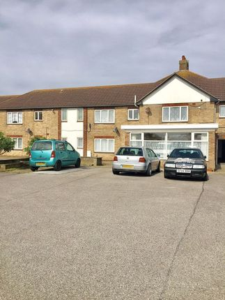 Thumbnail Flat to rent in Ashley Close, Trusthorpe, Mablethorpe