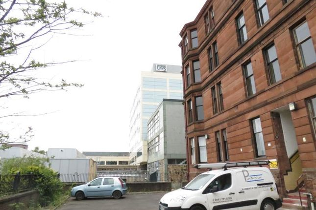 Thumbnail Flat to rent in 12 Townhead Terrace, Paisley