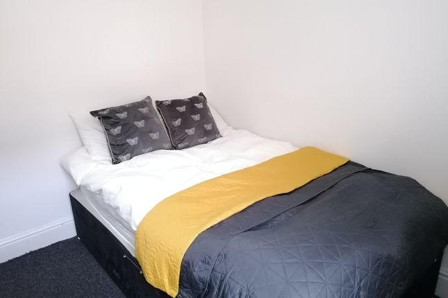 Room to rent in Watson Road, Worksop, Notts S80