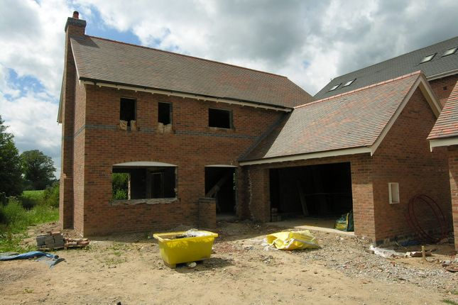5 bed detached house for sale in Chester Road, Nomans Heath, Malpas