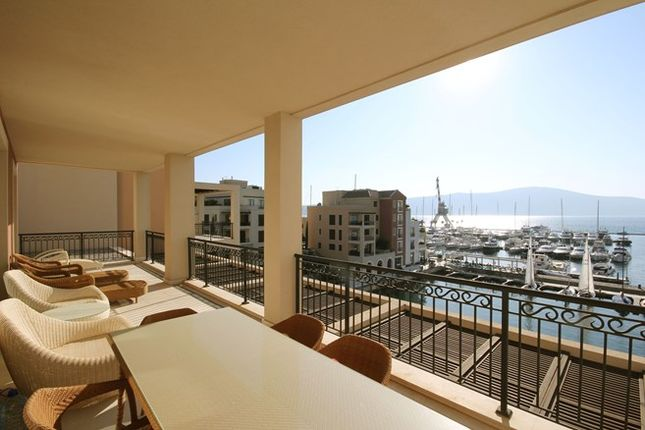 Thumbnail Apartment for sale in Tara 307, Tivat, Montenegro