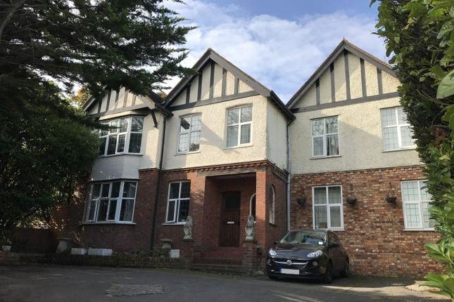 Thumbnail Studio to rent in Braywick Road, Maidenhead