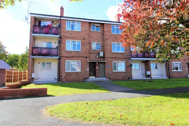 Thumbnail Flat to rent in Ty Rhosydd, Rhosllanerchrugog, Wrexham