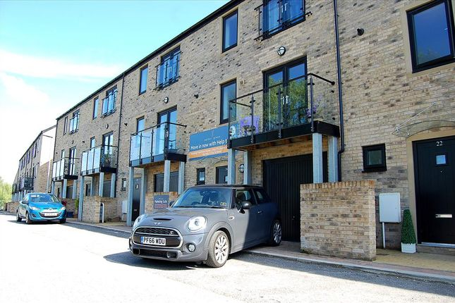 Thumbnail Town house for sale in Wilding Way, Padiham, Burnley