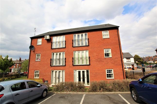 2 bed flat to rent in Nidd Road East, Sheffield S9