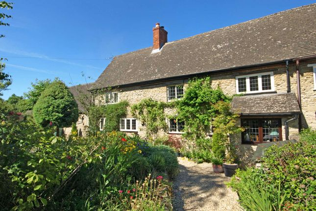 4 bed cottage for sale in Bicester Road, Bucknell, Bicester