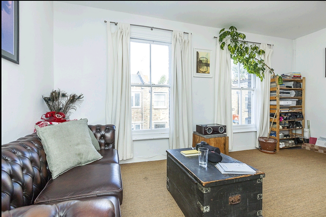 Thumbnail Terraced house to rent in Redchurch Street, London