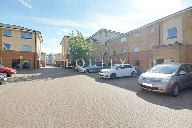 Thumbnail Flat for sale in Orton Grove, Enfield