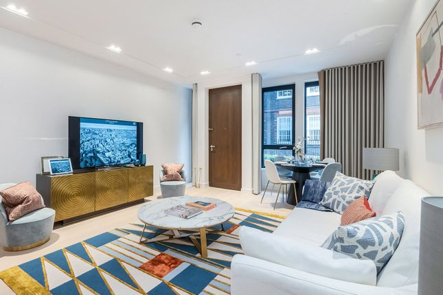 Thumbnail Flat for sale in Lincoln Square, Westminster